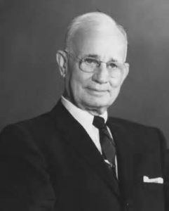 Read more about the article What Can an Artist Learn from Napoleon Hill?